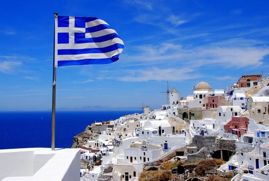 ЕС остановил предоставление помощи Греции